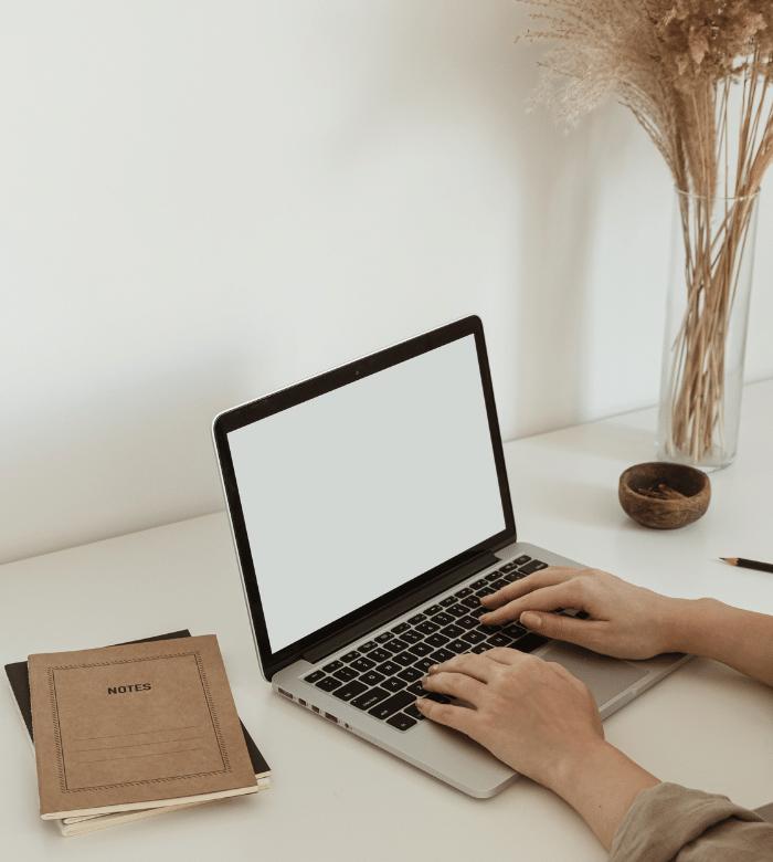instagram coaching laura o' mahony marketing guide podcast